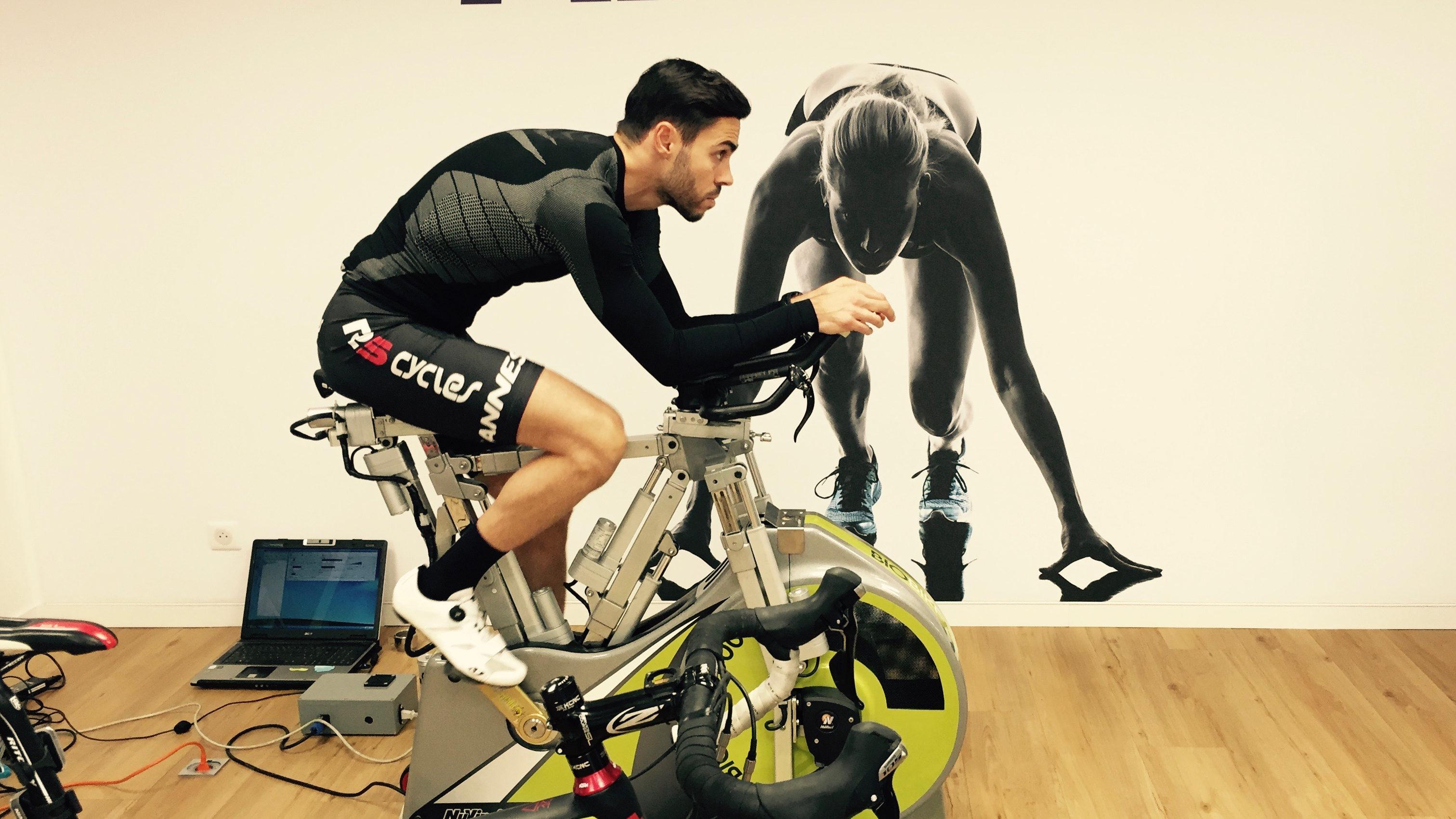 Etude Posturale Bikefit positionnement vélo confort soulager douleurs