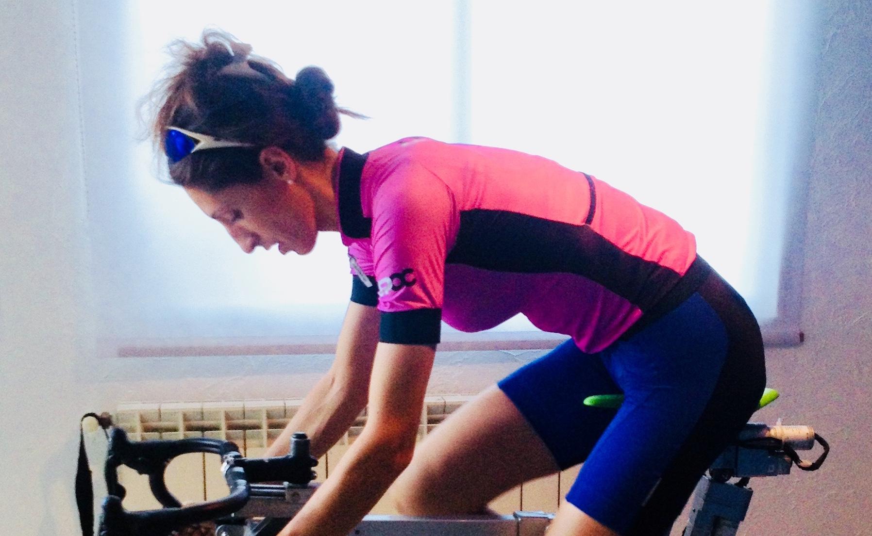 cyclisme feminin une étude posturale adapté à votre activité sur le vélo